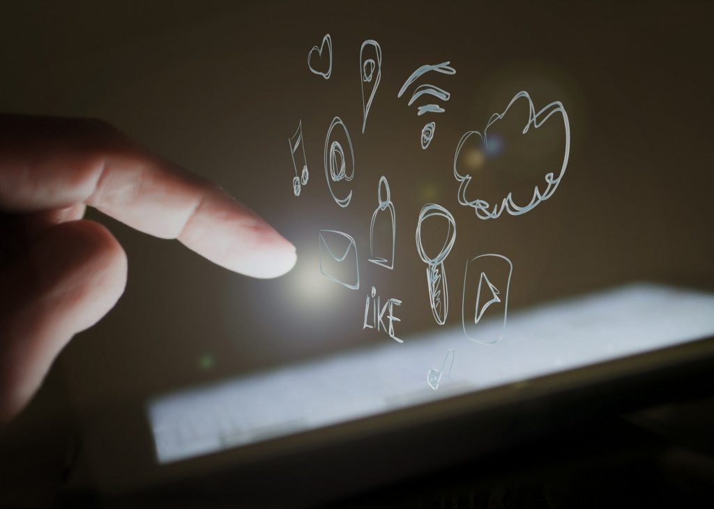 Mendongkrak Promosi Media Sosial